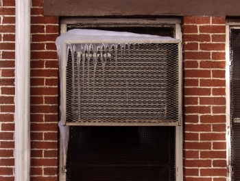Frozen window air conditioner